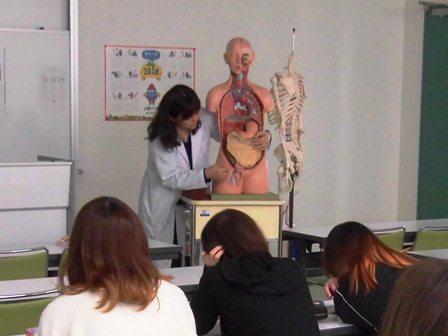青森中央学院大学看護学部との連携授業を実施しました。(1/30・2/1)