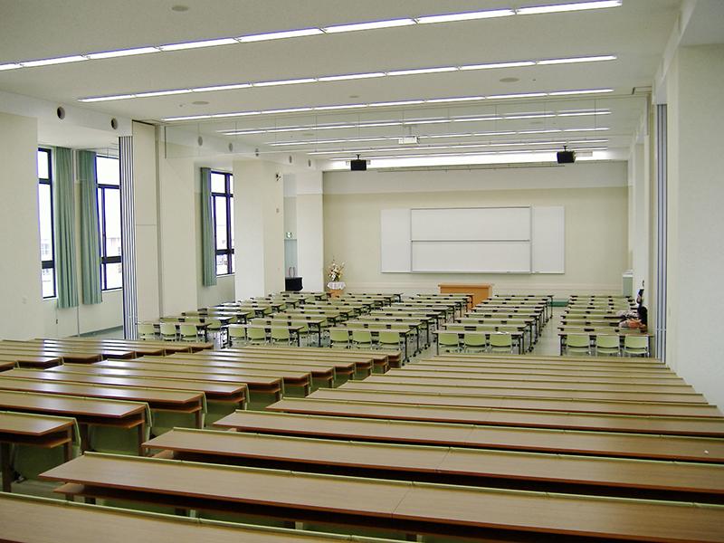 大講義室2F